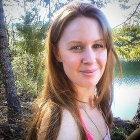 Rochelle Aluria