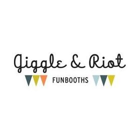 Giggle and Riot Funbooth