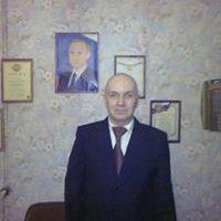 ОЛЕГ ЮНЁВ