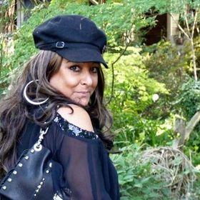 Teria R. Huaracha Williams