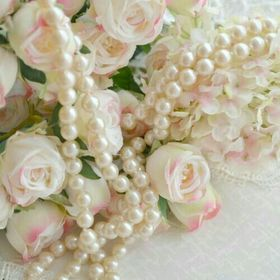 Luxury Pearls and Roses
