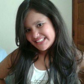 Laura Estevam