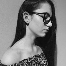 Nina Hanesová
