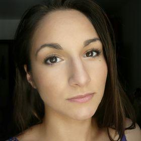 Julie Stan