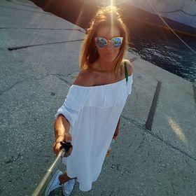 a9ed9e0c5a Cristina Nita (chryscherry) on Pinterest
