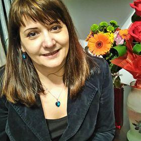 Carmen Bakos