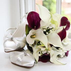 Heaven Scent Flowers by Rhoda Bouaziz