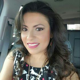 Anna Valenzuela