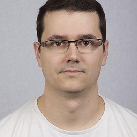 Zoltán Szalkári