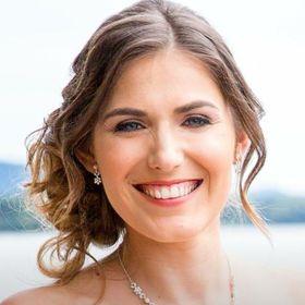 Claudia Poros