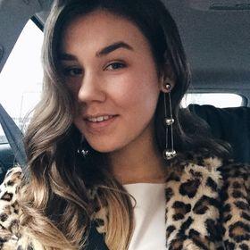 Caroline Turazová