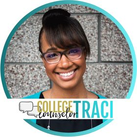 College Counselor Traci |    College Counselor + Blogger