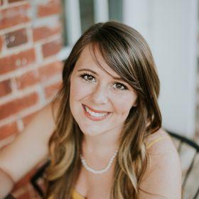 Ashley Mae | Business + Entrepreneur + Blogging Tips • Christian + Lifestyle Blogger