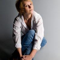 Елена Узкая