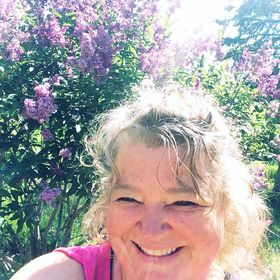 Marilynn Methven | Artist and Content Creator