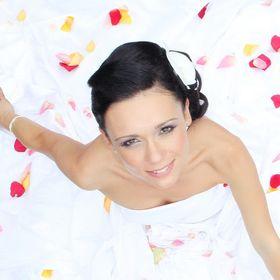 Anita Vanya