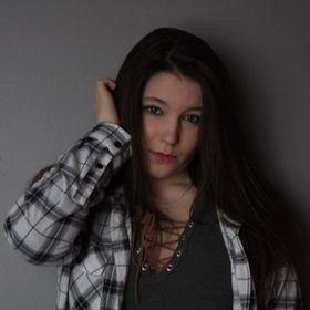 Laurie-Émilie Clavet