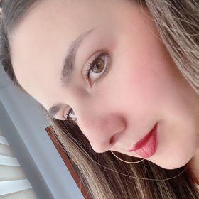 Alejandra Villamil