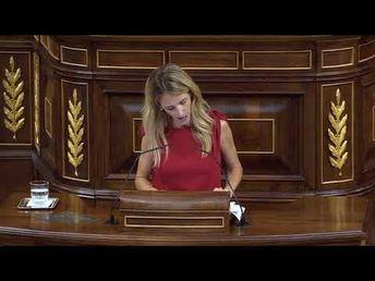 Cayetana Álvarez de Toledo le pega un repaso a la Vicepresidenta Carmen Calvo