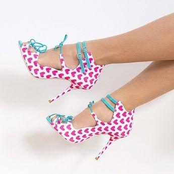 💓💓💓 RG @JenniferLake #Cute pic of our 'Finn' heart heels from #SS14... #SophiaWebster #Shoes #Heels