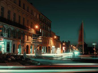 """Ville de Saumur on Instagram: """"Merci à @elmartinbaron pour cette magnifique photo urbaine 📸  #csaumur #saumur #igersaumur #igersanjou #igersfrance #igers_valdeloire…"""""""