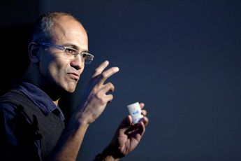 Microsoft will hire a CEO with his head in the cloud