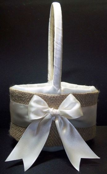 Burlap - Rustic Wedding Flower Girl Basket - White or Ivory - FREE SHIPPING #JessicasDaydream