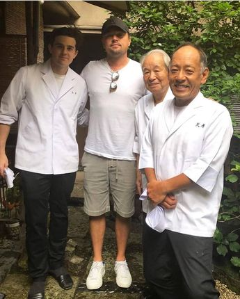 """ONCE UPON A TIME IN HOLLYWOOD on Instagram: """"✨ Leonardo at a Japanese restaurant""""Tempura Tenko"""" 🍤 Leo's outfit matches the rest of the people 😊 . . . . #leonardodicaprio #leodicaprio…"""""""