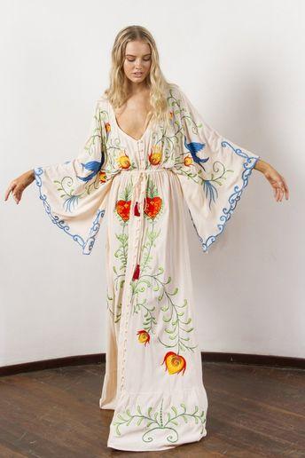 53fab33ac7ca1 Jastie Embroidered Women Maxi Dress V-Neck Batwing Sleeve L