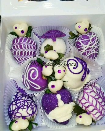 """Purple & White Chocolate Covered """"Birthday Queen"""" Themed @rumchataofficial Strawberries  #NikkiEtreats #blingberries #Queen #strength  #candyapples #chocolatecoveredstrawberries #chocolatestrawberries #chocolatestrawberry #chocolate #strawberry #infusedstrawberries #infused #chocolateheels  #highheels  #highheelshoes #chocolatehighheel #chocolatehighheels #chocolatehighheelshoes  #chocolatehighheelshoe #atlanta #atlart #atlantaart #atlstrawberries  #atlsweets #nowthatsludicrous"""