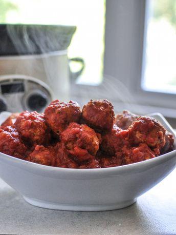 Easy Crockpot Quinoa Turkey Meatballs