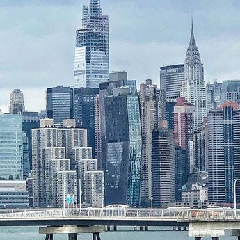 #Brooklyn view of Manhattan   #NewYork #newyorkcity #newyorklike #cityview #cityscape #manhattan #chryslerbuilding