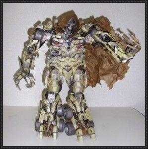 Optimus Prime AoE Paper Craft - Final Part