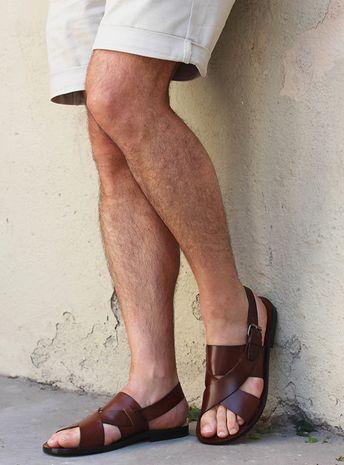 Sandales plates homme cuir marron fabriquées main