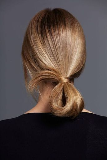 Ponytail bun minimalist blonde sleek hair style updo simple