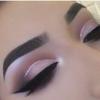 Soft pretty cut crease with Eye Kandy's Double Bubble  www.eyekandycosmetics.com #EyeLashesHowToApply