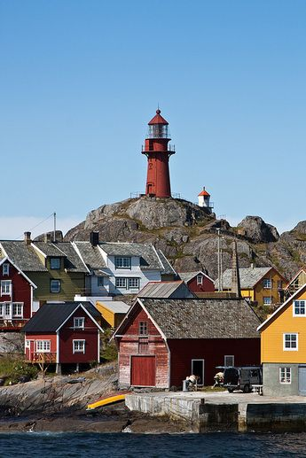 Ona Lighthouse (Norwegian: Ona fyr) It is located on the small island of Ona in the municipality of Sandøy in Romsdal country, Norway.