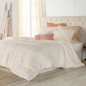 Peri Home Cable Knit Sherpa King Comforter Set In Ivory