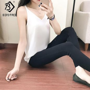 33544dd076793 New Summer Chiffon Tank Top Women 2018 Sleeveless Shirt Sexy V-Neck Cami  Loose Casual