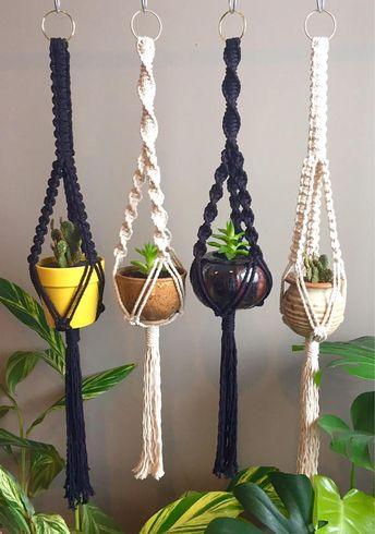MINI TRINITY Macramé Plant Hanger//Succulent Cactus Small Spaces Black White Vintage Style Small Pots Plants