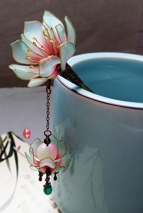 Oriental Vintage style blue water lily/Lotus lamp pendant hair stick /hair comb/ Bridal headpieces/ wedding / Kanzashi/hair clip/hair fork