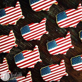 b5d045a44964 Items similar to 12 American Flag Sugar Cookies