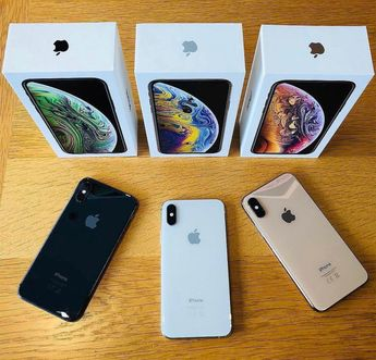 New XS MAX All Coulors Availble If Your Looking For A IPhone X We Are Out Of Stock #iPhone8Plus