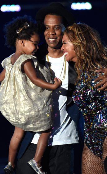 Beyoncé Stuns, Nicki Minaj Twerks & More VMA Highlights