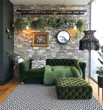 38 adorable bohemian living room decor ideas in green shades 8 #livingroomdecor #bohemianlivingroom #livingroomideas  » ideas.hasinfo.net