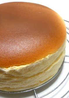 Simple and Easy Soufflé Cheese Cake with Everyday Ingredients