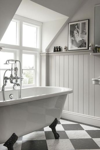 71+ Stunning Modern Black and White Bathroom Decoration Ideas