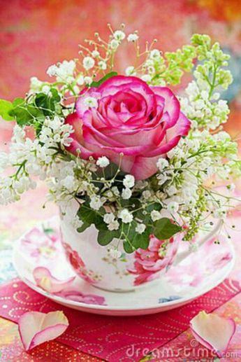 60 Wonderful Rose Arrangement Ideas For Your Girlfriend