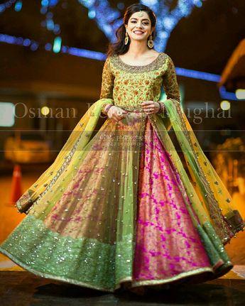 c30a76954f 40 Best Designs Pakistani Latest Bridal Lehenga Collection
