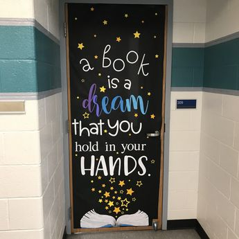 """May Door Decoration Set: """"A book is a dream that you hold in your hands."""""""